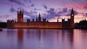 Anh thông qua Dự luật Thị trường nội bộ của Thủ tướng Johnson