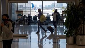Mỹ mở cửa hàng không, du khách cần chuẩn bị những gì?
