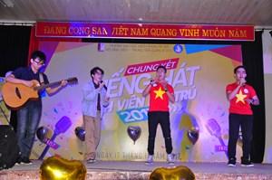 Sinh viên Việt Nam - hát mãi bản hùng ca