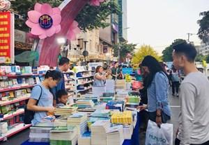 Lễ hội đường sách Tết 2021