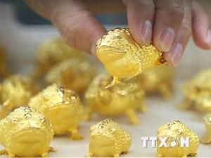 Giá vàng thị trường thế giới suy giảm tuần thứ ba liên tiếp