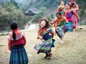 Bảo tồn, phát triển các giá trị, bản sắc văn hóa truyền thống vùng đồng bào dân tộc thiểu số