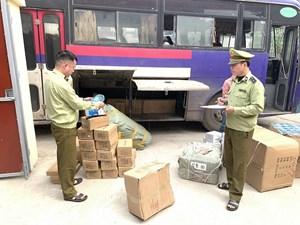 Lạng Sơn: Tạm giữ hơn 7.520 đơn vị sản phẩm hàng hóa để xác minh nguồn gốc