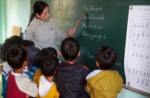 Cô giáo Ê Đê tâm huyết với học sinh vùng sâu