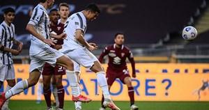 C.Ronaldo lập công nhưng không thể cứu nổi Juventus