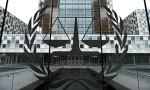 Mỹ hủy bỏ sắc lệnh trừng phạt quan chức Tòa Hình sự quốc tế