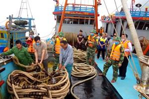 Nỗ lực ngăn chặn khai thác thủy sản trái phép