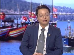 Vụ xe biển xanh đón Phó Bí thư ở sân bay: Đúng quy định nhưng phản cảm