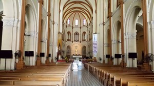 TP Hồ Chí Minh: Các nhà thờ tạm thời ngưng sinh hoạt thánh lễ