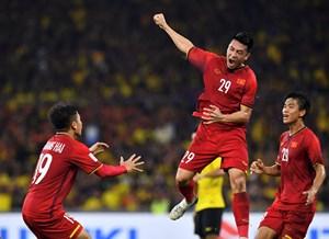 Bóng đá Việt Nam: Chuẩn bị sẵn sàng các phương án