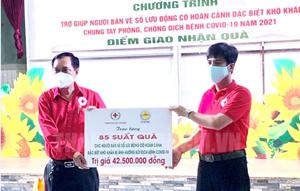 TP Hồ Chí Minh: Hơn 500.000 phần quà hỗ trợ người dân gặp khó khăn
