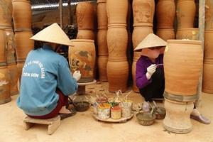 Phát triển nghề làm gốm Phù Lãng