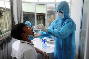 TP Tam Kỳ: Người dân hưởng ứng việc lấy mẫu xét nghiệm Covid-19