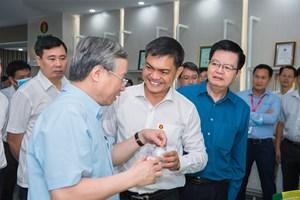 Ông Trần Quốc Vượng thăm cụm công nghiệp Khí Điện Đạm Cà Mau: Tiết kiệm năng lượng, quản trị hiệu quả
