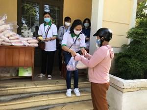 Hỗ trợ người dân trong dịch bệnh