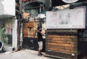 Tìm thấy tài xế taxi chở bệnh nhân Covid-19 ở số 58B Bà Triệu, Hà Nội