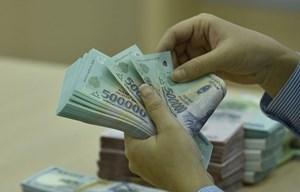 Tiền Việt vững giá trong dòng xoáy bất ổn