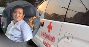 Ông Đoàn Ngọc Hải cùng 'xe chở miễn phí bệnh nhân nghèo' ra tới Hà Nội