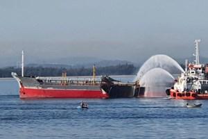 Vụ nổ tàu chở dầu: Đã tìm thấy thuyền viên mất tích