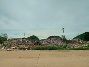Ám ảnh những bãi rác khổng lồ