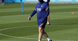 Hé lộ đội hình chính thức của Barcelona dưới thời HLV Koeman