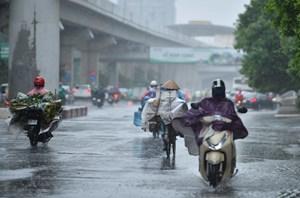 Ngày 13/9, các tỉnh Bắc Bộ có mưa to, đề phòng lốc sét và gió giật mạnh