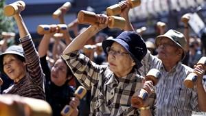 Nhật Bản: Người thọ trên 100 tuổi cao kỷ lục