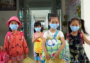 Bao giờ tiêm vaccine cho trẻ em?
