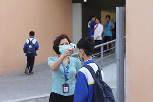 Khẩn trương tiêm vaccine cho trẻ từ 12-17 tuổi