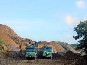 Khốn khổ bên mỏ khoáng sản