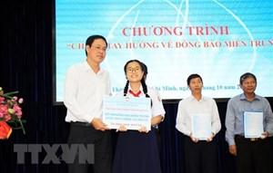 TP Hồ Chí Minh: 'Chung tay hướng về miền Trung'