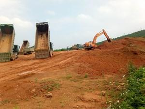 Thanh Hóa: Mỏ khai thác đất gây ô nhiễm môi trường