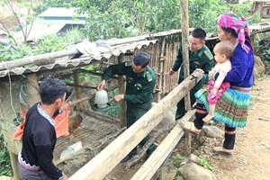 Nỗ lực giảm nghèo ở Hua Bum