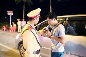Lái xe uống rượu bia, chủ xe bị phạt…