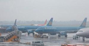 Tạm dừng khai thác 5 sân bay do ảnh hưởng của bão số 12