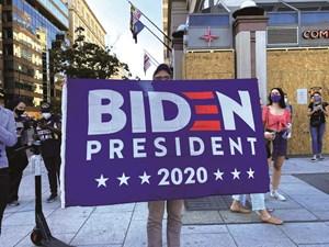 Bài học cuộc đời của ông Joe Biden: Khi bị đánh gục phải bật đứng dậy
