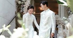 Trợ lý thầy Park viết thư xúc động chúc mừng lễ cưới Công Phượng