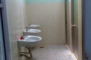 Chuyện cái nhà vệ sinh