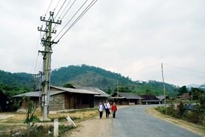 Lâm Đồng: Điện thắp sáng buôn làng