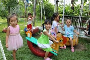 Điểm tựa an toàn cho phụ nữ và trẻ em