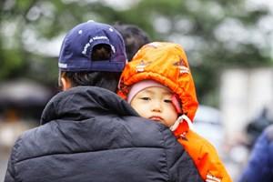 Mặc ấm cho bé trong những ngày đông giá rét