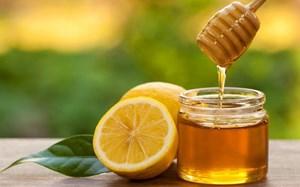 Hỗn hợp chanh, mật ong trị ho