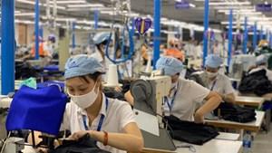 Nhiều điểm mới về lương có hiệu lực trong tháng 1/2021