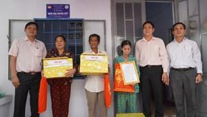 Bà Rịa – Vũng Tàu: Trao tặng 6 ngôi nhà Đại đoàn kết cho hộ nghèo