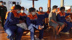 Cứu nạn thành công 6 thuyền viên tàu cá bị chìm trên biển