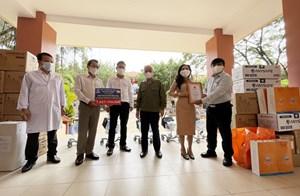 Bình Dương: Doanh nghiệp hỗ trợ hơn 2 tỷ đồng trang thiết bị y tế phòng chống dịch Covid-19
