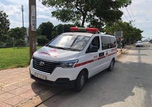 Bà Rịa-Vũng Tàu: Xe cấp cứu 'thông chốt', chở theo người nghi nhiễm Covid-19
