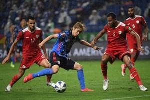 Nhật Bản thua sốc trước Oman, bảng đấu của tuyển Việt Nam 'căng như dây đàn'