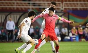 Son Heung Min ghi bàn giúp Hàn Quốc chiếm ngôi đầu bảng A của Iran