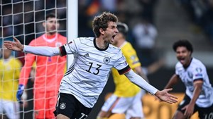 Vòng loại World Cup khu vực châu Âu: Đức ngược dòng, Hà Lan thắng nhọc
